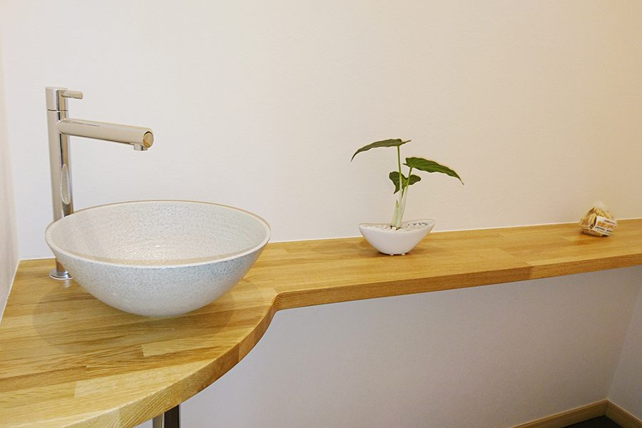 水廻り_01トイレ手洗い